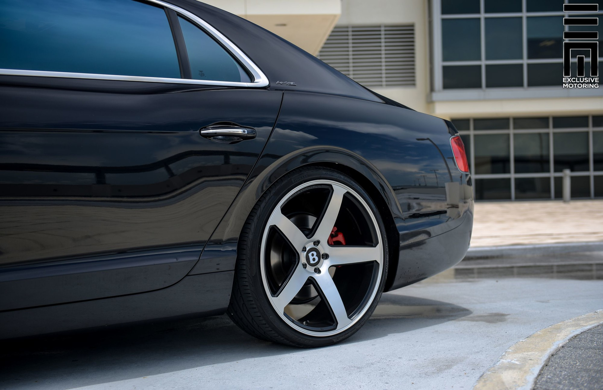 Bentley Flying Spur >> Bentley Flying Spur on 22″ CW5 – Concavo Wheels