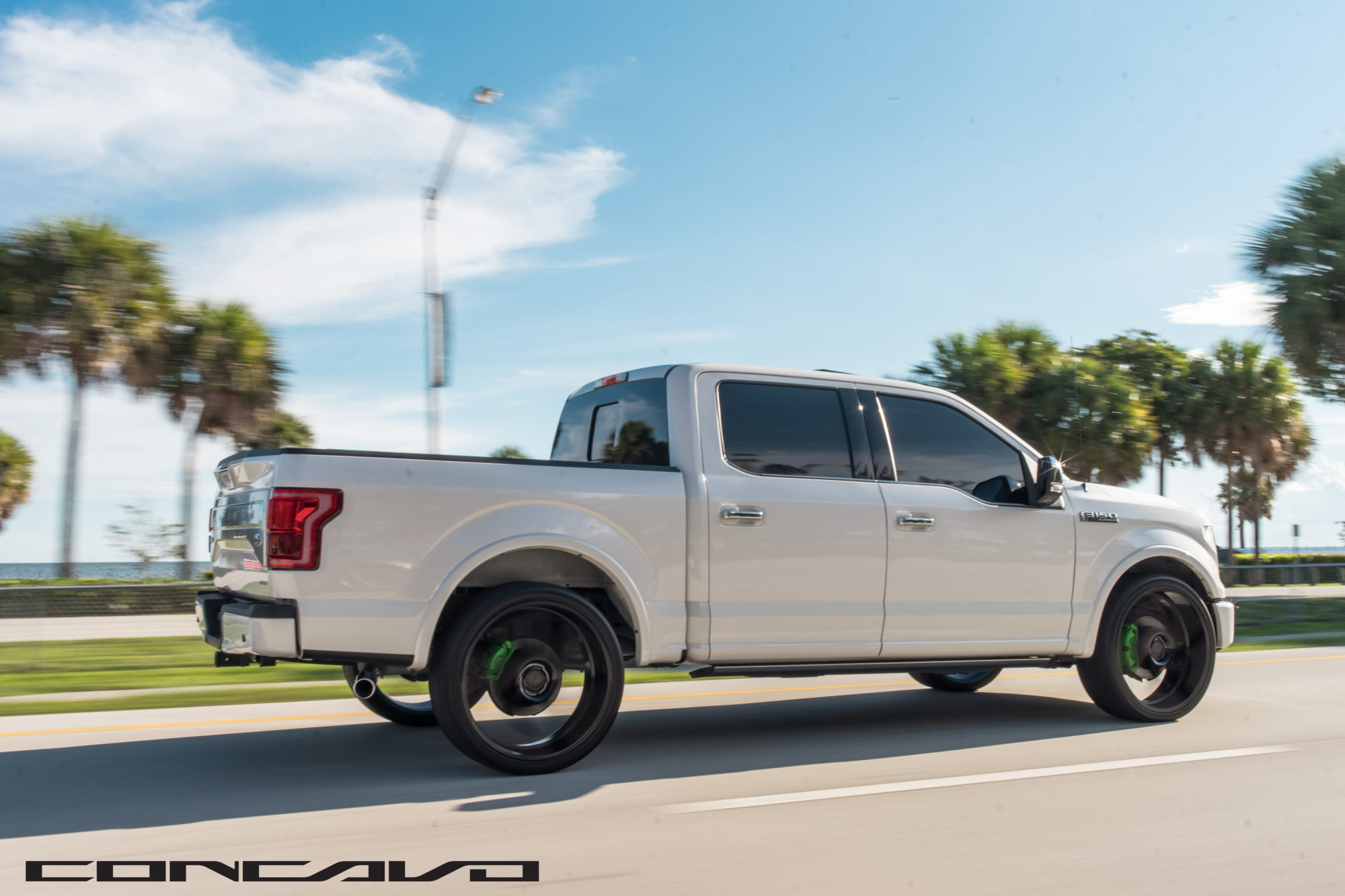 Ford F150 Platinum on 24″ CW-5D – Concavo Wheels