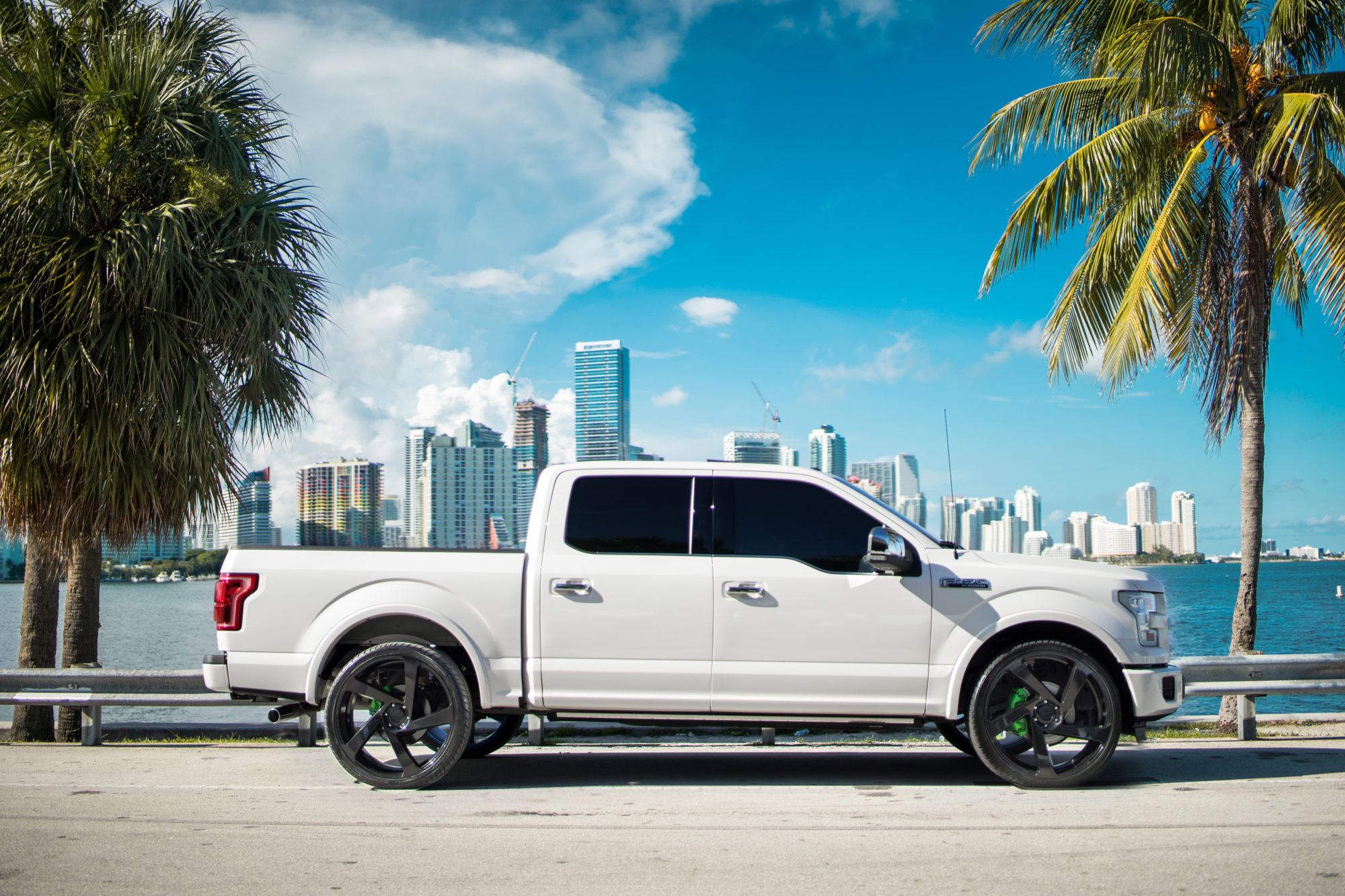 Ford F150 Platinum On 24 Cw 5d Concavo Wheels